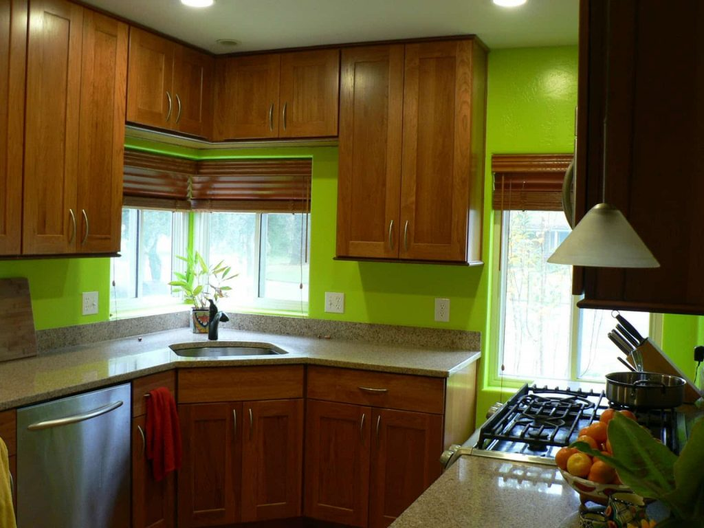 Green-Kitchen-Walls-Picture
