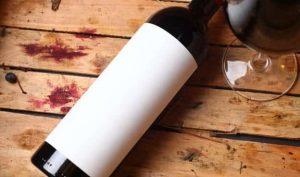 nettoyer une tâche de vin sur du bois