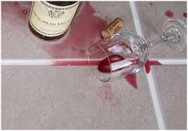 enlever une tâche de vin sur du carrelage